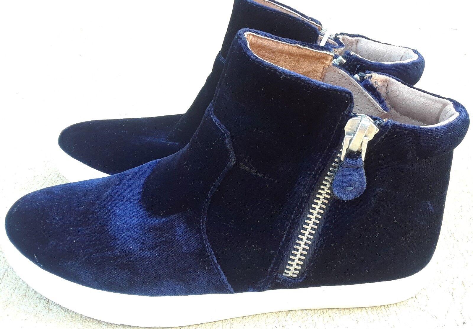 Kenneth Cole Gentle Souls Carole Zip Sneaker Blau Velvet Größe 9.5M MSRP 120