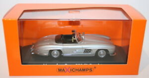 Maxichamps-1-43-Scale-Diecast-940039030-Mercedes-Benz-300sl-Roadster-1955-Silver