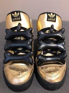 brand new 47e77 2d2df Image is loading Adidas-Jeremy-Scott-Bones-Tribute-Gold-Size-8-