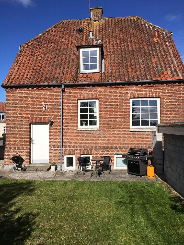 8660 3 vær. lejlighed, 63 m2, Møllegade Kælder