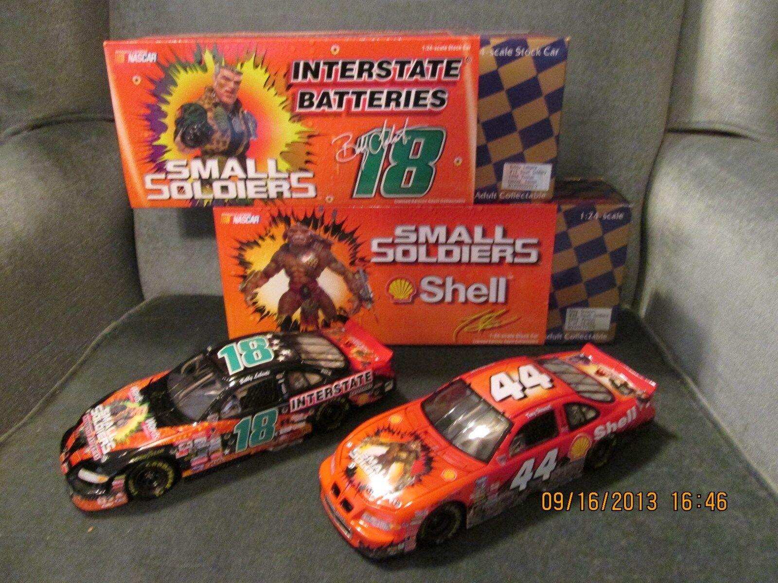 Acción NasCoche 1 24 coches  18 y  44 pequeños soldados Par, B. Labonte & T. Stewart
