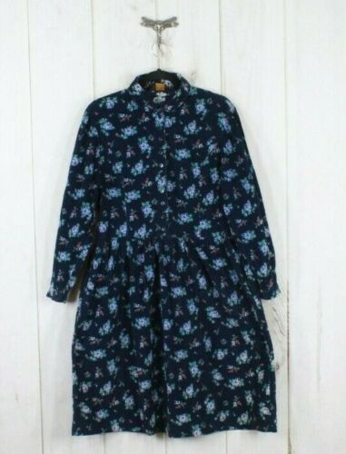 Vintage Size 8 Eddie Bauer Label of A Green Corduroy Blazer with a lovely little floral design in Very Good Condition