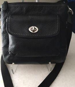 COACH-Black-Park-Leather-Swingpack-Cross-Body-Bag-Purse-EUC