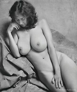 B&W Fine Art Nude, Natalie 35655.18 hand-signed photo by Craig Morey