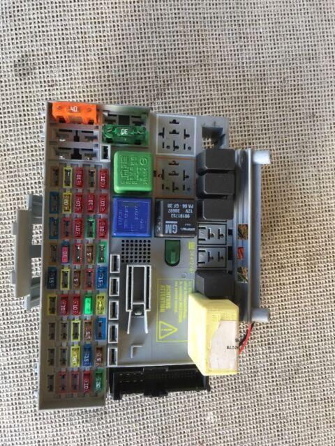 vauxhall astra fuse box mk4 34w2  vauxhall astra mk4 zafira a fuse box pn gm 24412497  gm  vauxhall astra mk4 zafira a fuse box pn
