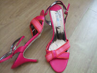Boden Favourite Poppy Heel Shoes Size 40==6.5 Bnwob 3.5 Heel