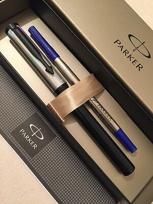 NEW PARKER BETA BLACK /& SILVER BALLPOINT PEN-BLUE INK-GIFT BOX.