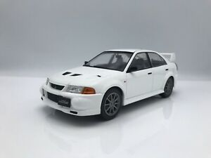 Mitsubishi-lancer-rs-Evolution-VI-evo-6-1998-Weiss-1-18-Ixo-New
