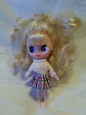 "Littlest Pet Shop Blythe Blonde Blue Eyes Plaid Skirt Mini Doll Figure 4"" CUTE"