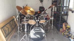 Drumset mit viel Zubehör von TAMA - Deutschland - Drumset mit viel Zubehör von TAMA - Deutschland