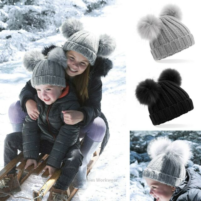 BOYS  /& GIRLS CHARACTER WINTER POMPOM BOBBLE HAT AND  GOOD QUALITY
