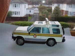 BRITAINS-1-32-POLICE-LAND-ROVER-DISCOVERY-IN-USED-CONDITION-UNUSUAL-SEE-PICS