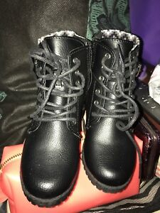 Okie Dokie Toddler Girls Boots Size 9