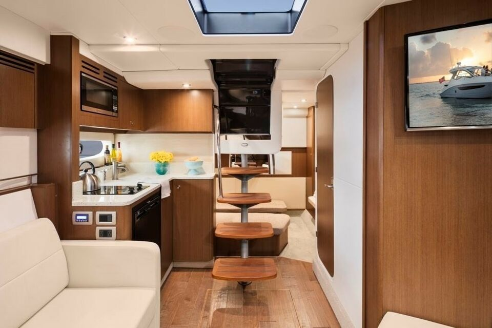 Sea Ray Sundancer 350, Motorbåd, 2018