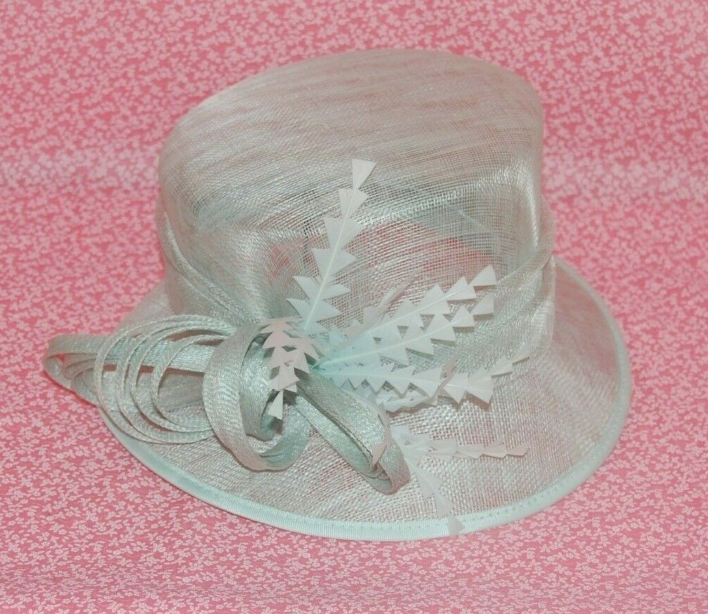 Special Occasion Sinamay Light Green Loops & Feathers Neat Brim Hat. BNWT