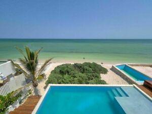 Casa  frente al mar Chixchulub amueblad, 5 recamaras, paneles solares, piscina.