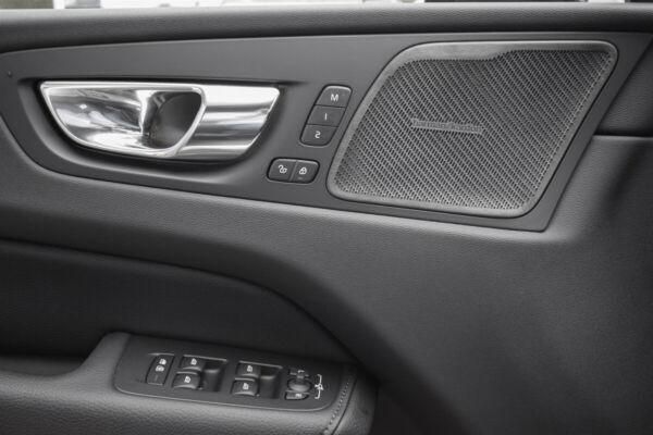 Volvo XC60 2,0 B5 235 R-Design aut. AWD billede 12