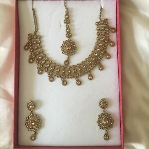 Pakistani Indian Wedding Bridal Jewellery Set Tikka Earrings Necklace WITH BOX - Halifax, United Kingdom - Pakistani Indian Wedding Bridal Jewellery Set Tikka Earrings Necklace WITH BOX - Halifax, United Kingdom