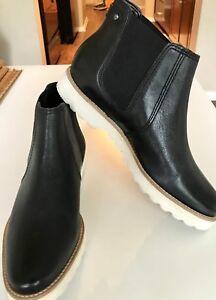 f4df520d1c1 Details about Hush Puppies Women's Boots - Size 7