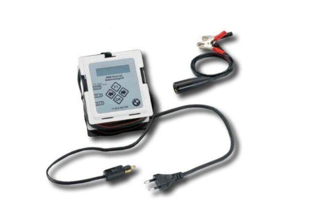 bmw motorad battery charger for 12v motorcycle batteries. Black Bedroom Furniture Sets. Home Design Ideas