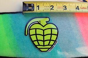 THUNDER Skateboard Trucks Heart Grenade Bomb Z2 Vintage ...