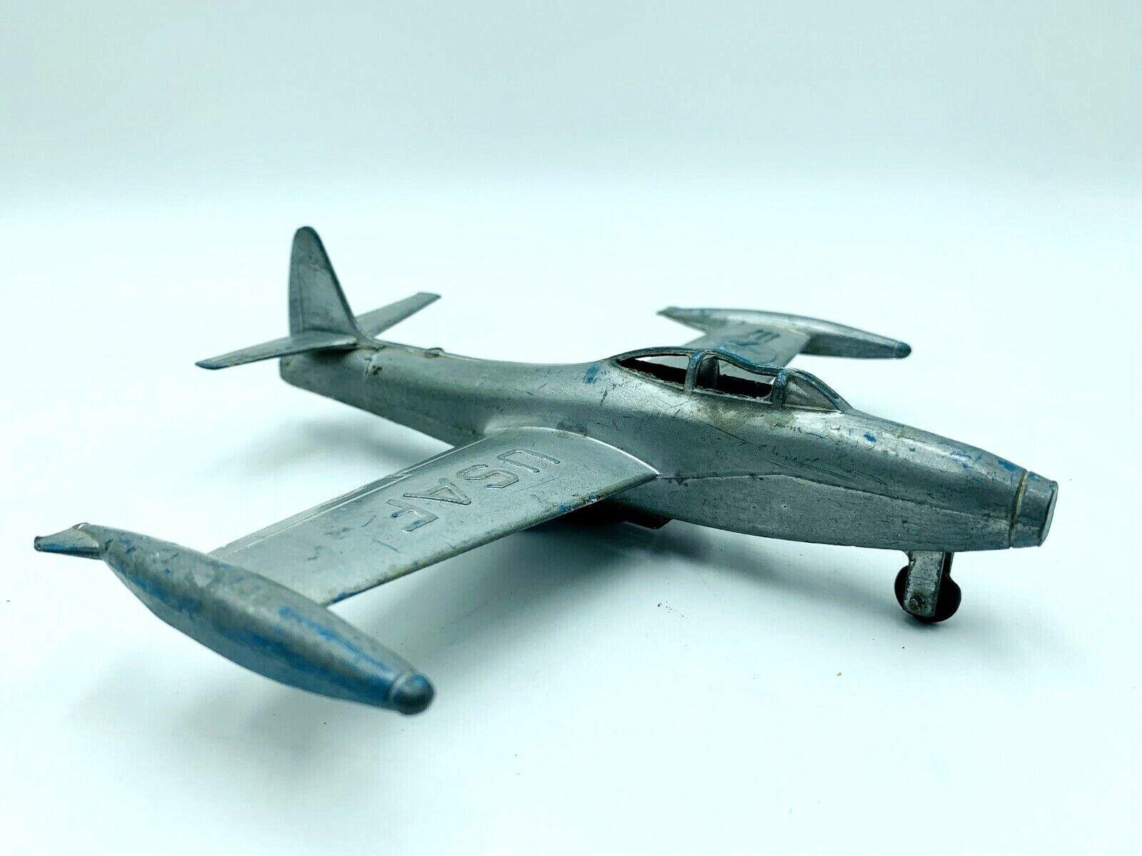 Vintage Rare 1950s Diecast Republic F84-6 Sabrejet Informational Fighter Jet Toy