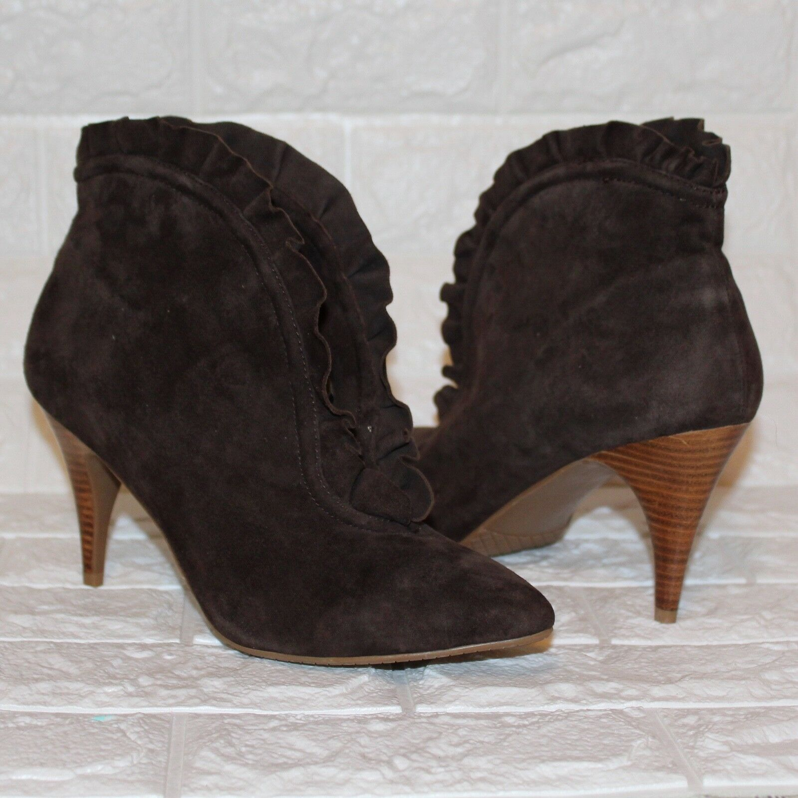 New Leder Lovely People Braun Suede Leder New Ruffled Ankle Booties Schuhes Größe 10M 02ce07