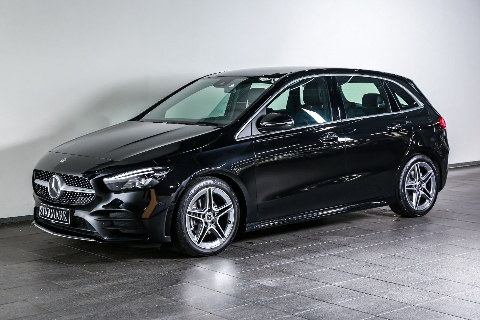 Mercedes B200 1,3 AMG Line aut. 5d - 414.900 kr.