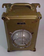 Ancienne Lampe Secours URA Fonte Design Industriel Vintage Cast Industrial Light