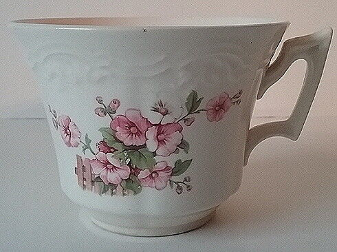 1930/'s Chatham Pattern Pink Hollyhock on Fence Tea Cup Embossed CC Thompson c