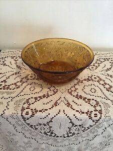 Vintage-Indiana-Tiara-Sandwich-Glass-Amber-Gold-Vegetable-Bowl