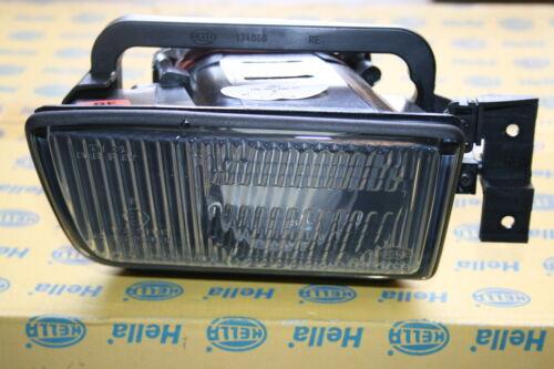 Haloge luces de niebla a la derecha de la serie BMW 5 E34 18215 R19 Hella 1NL 005 680-021