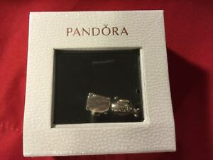 pandora travel set