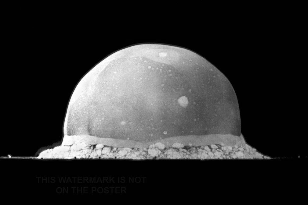 Plakat, Viele Größen; Trinity Nuclear