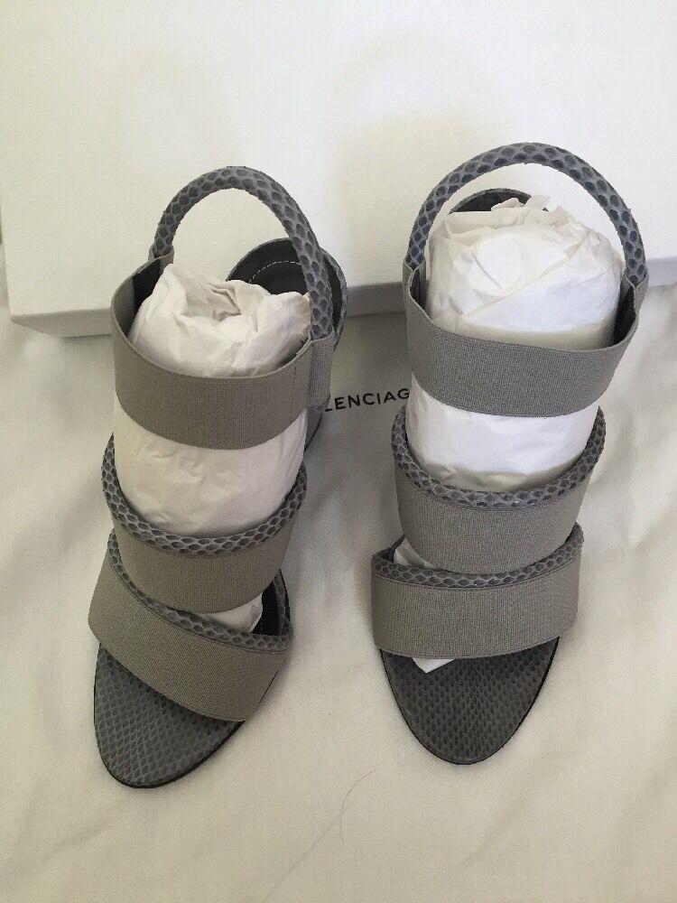 Nuevo Nuevo Nuevo Balenciaga gris Python Banda Sandalia de cuña Talla 37.5  compras en linea