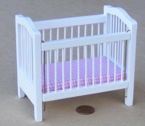 1:12 SCALA Goccia Lati culla in legno bianco verniciato tumdee Casa delle Bambole Nursery 829