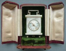 Perlmutt Miniatur Tischuhr, Reiseuhr mit original Etui um 1900