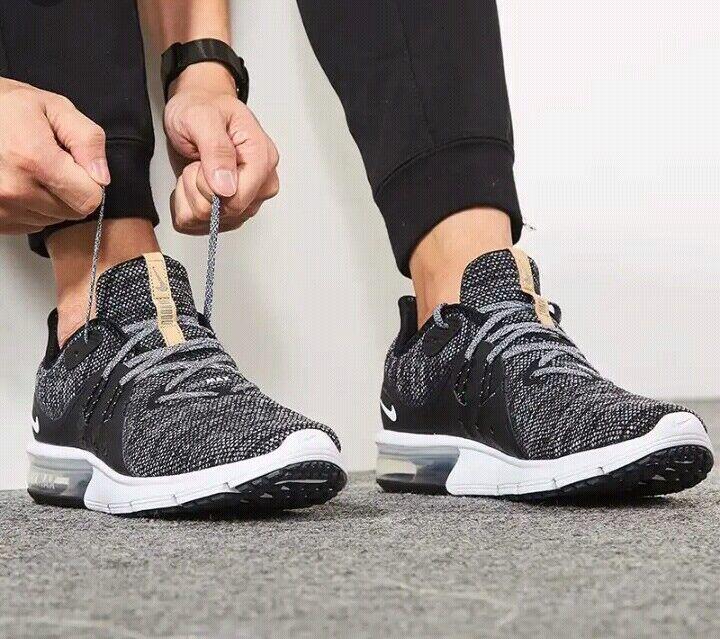 Nike Air Max Sequent 3 Black  White-dark Grey 921694 011 Sz US 9 men's