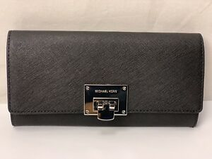 NWT-Michael-Kors-Tina-Carryall-Continental-Saffiano-Leather-Clutch-IN-black