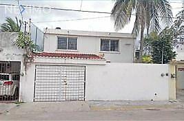 Vendo casa céntrico en Unidad Morelos SM 58, Cancún Quintana Roo.