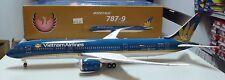 Phoenix 1:200  Vietnam Airlines  787-9  #VN-A861    --      20111