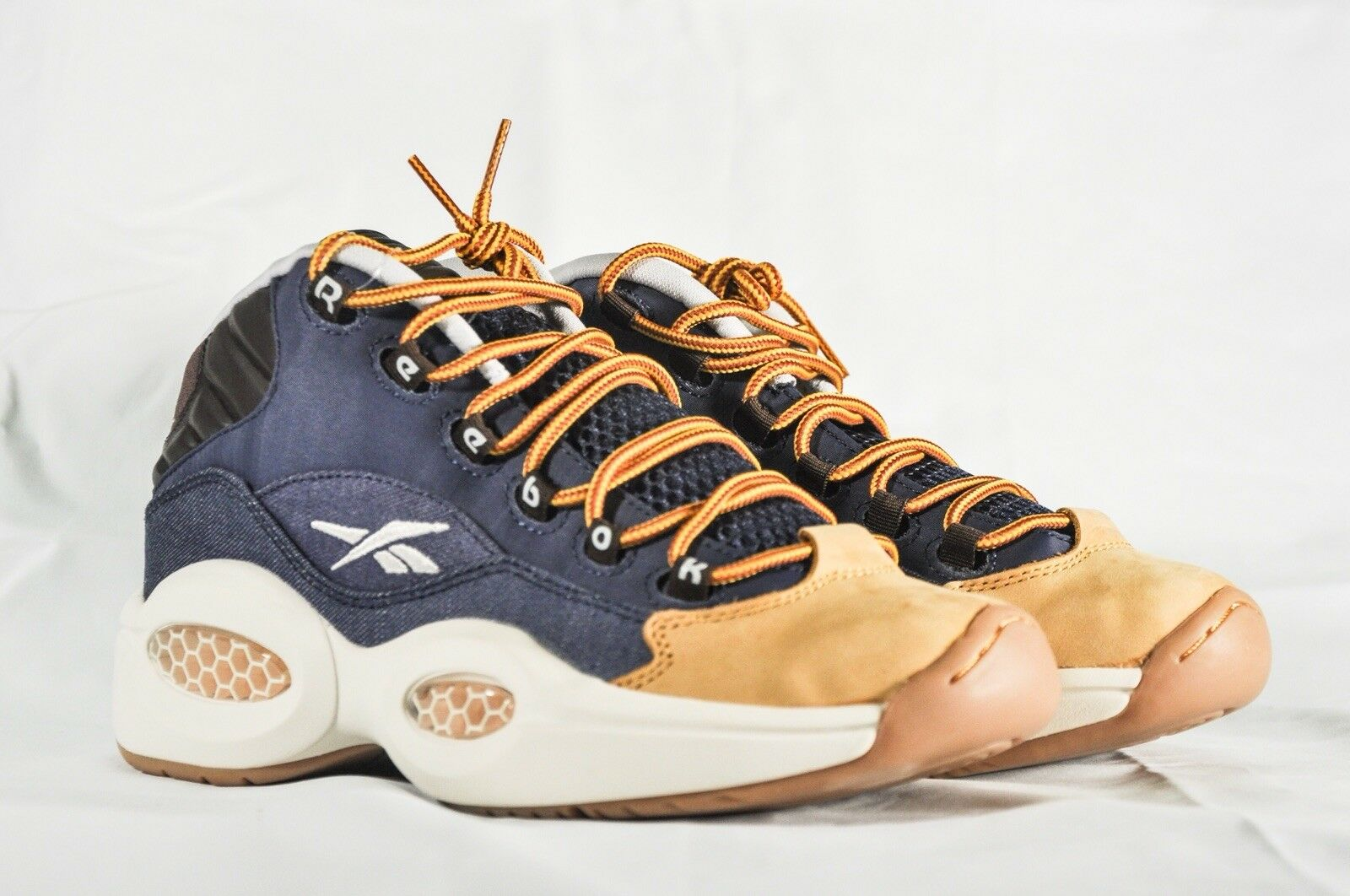 Reebok Question AR1957