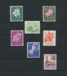 Norfolk-Islands-29-35-Mint-NH-1960-Queen-Elizabeth-and-Natvie-Flowers-Set