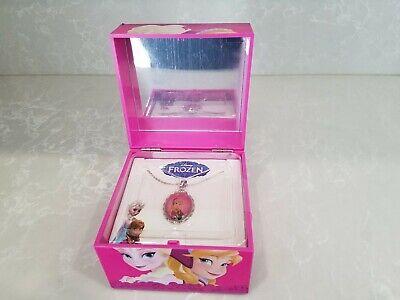 Frozen ELSA Silvertone  Pendant Necklace /& Musical Keepsake Box NEW
