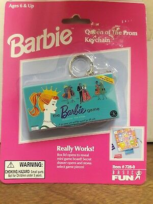 Barbie Queen of The Prom Really Works Miniature Board Game Basic Fun Key Chain