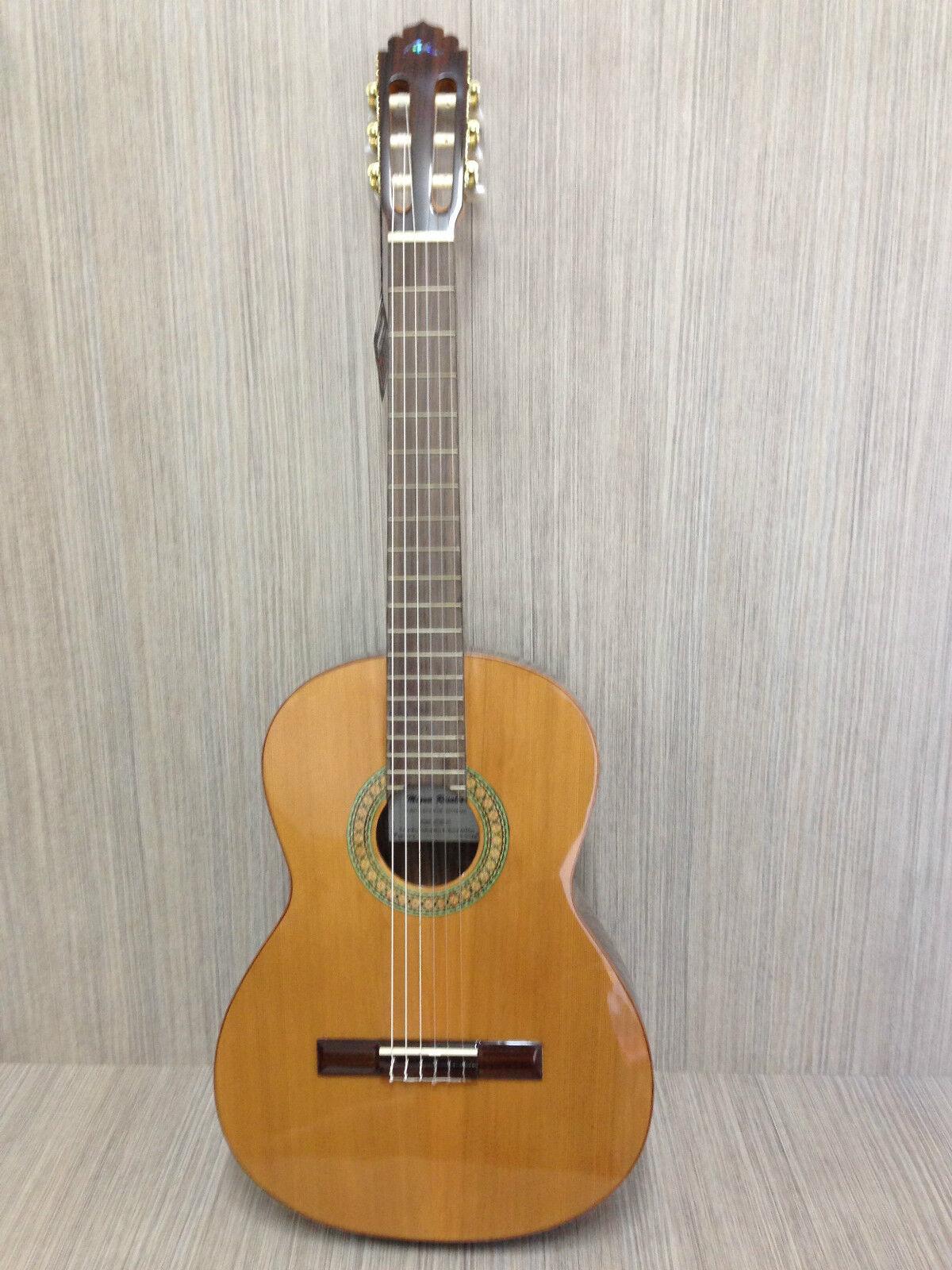 MRC1 Solid    Ceder Top Classical Guitar 0bd2ec
