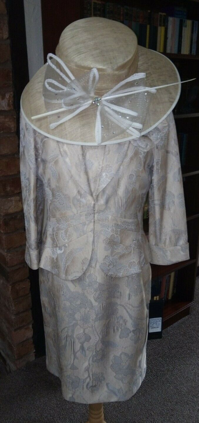 **NEW WITH TAGS** Stunning LUIS CIVIT wedding outfit (Dress & Jacket) size 12