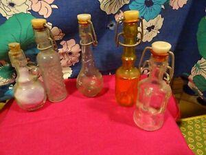 lot =5 miniatures bouteilles pour décor cuisine poupée