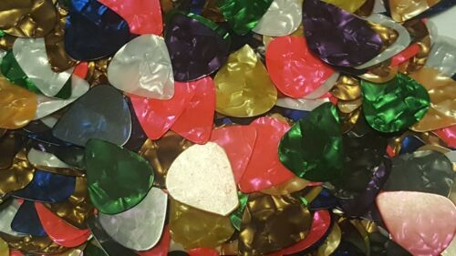 100 Guitar Picks Acoustic Electric Plectrums Celluloid Mixed Assorted Colors