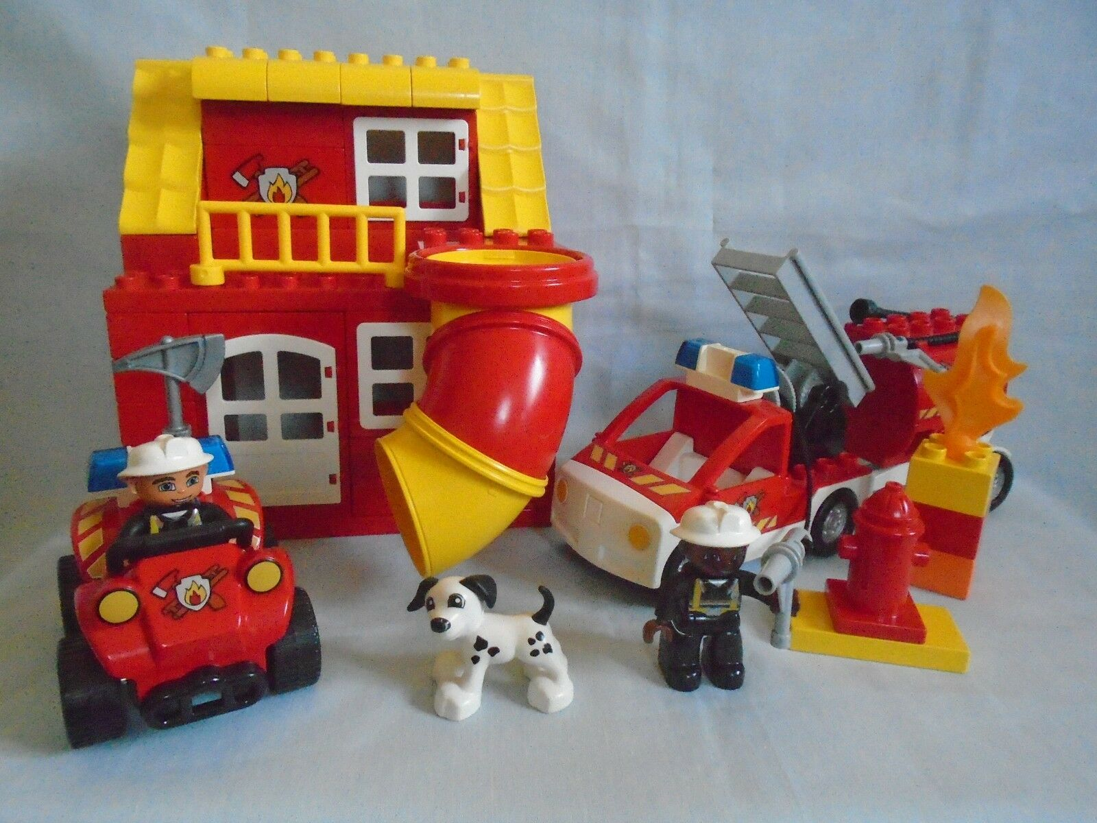 Lego Duplo Emergency Services Fire Station No1 with fire vehicles & tunnel slide